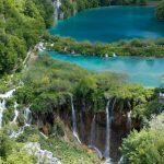見ているだけで癒される!世界の美しい滝5選。