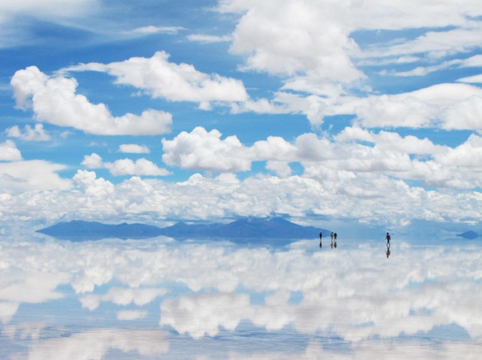 雲の大地ウユニ