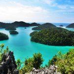 これぞ奇跡の海。インドネシアの『ラジャ・アンパット』が美しい。