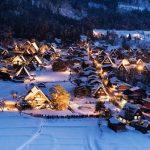 冬の白川郷を包む幻想的な光!1年に7日だけの冬のライトアップ。