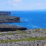 絶景と古代遺跡が残るアイルランドの『イニシュモア島』