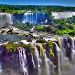 言葉を失ってしまうほどの大迫力!世界最大の滝『イグアスの滝』は超ド級!