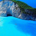 ずーっと眺めていたい癒しの青い世界。世界の青い絶景10選。