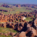 ミツバチの巣のような奇石群。オーストラリアの秘境『バングルバングル』