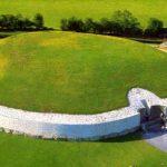 アイルランド屈指のパワースポット!謎の古代遺跡『ニューグレンジ』