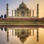 美しい左右対称の白亜の霊廟。インドの世界遺産『タージマハル』
