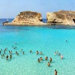 こんなブルーラグーンでのんびりしたい!マルタの『コミノ島』
