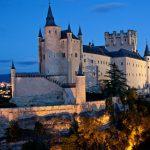 白雪姫のお城のモデルになったスペインの『セゴビア城(アルカサル)』
