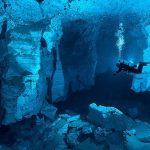 透明すぎる異次元の水中世界!ロシアの水中洞窟『オルダ洞窟』