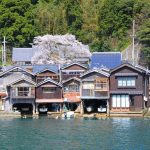 海の京都で出会えるココだけの情景!京都・丹後半島の『伊根の舟屋』