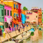 水の都・ベネチアで異彩を放つ島!カラフルでカワイイ『ブラーノ島』