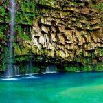 【絶景】エメラルドブルーに輝く滝壺!鹿児島の秘境で出会える『雄川の滝』