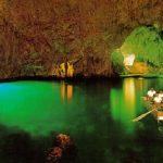 エメラルドグリーンの輝きに感動!アマルフィ海岸の『エメラルドの洞窟』