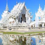 ここは天国?それとも地獄?タイの純白に輝く寺院『ワットロンクン』